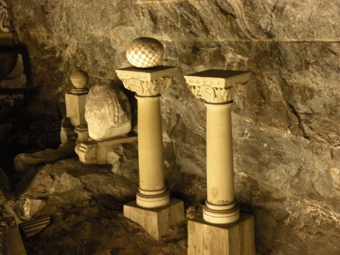 Vackra pelare i underjorden