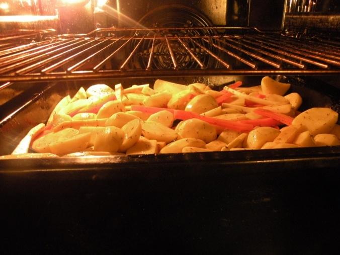 Potatis, morot, kålrot och palsternacka i ugn