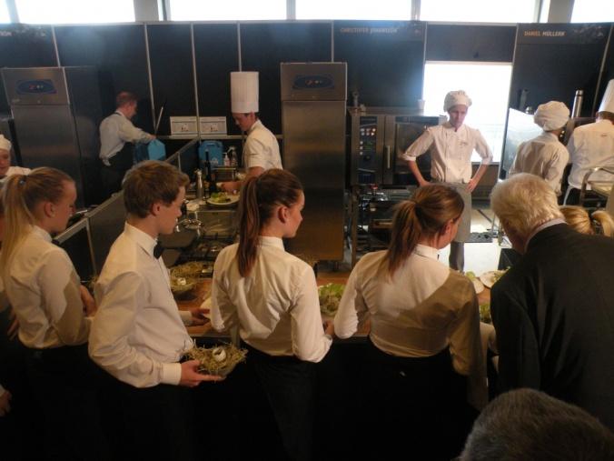 Servering på gång från Christoffer Johannesons kök