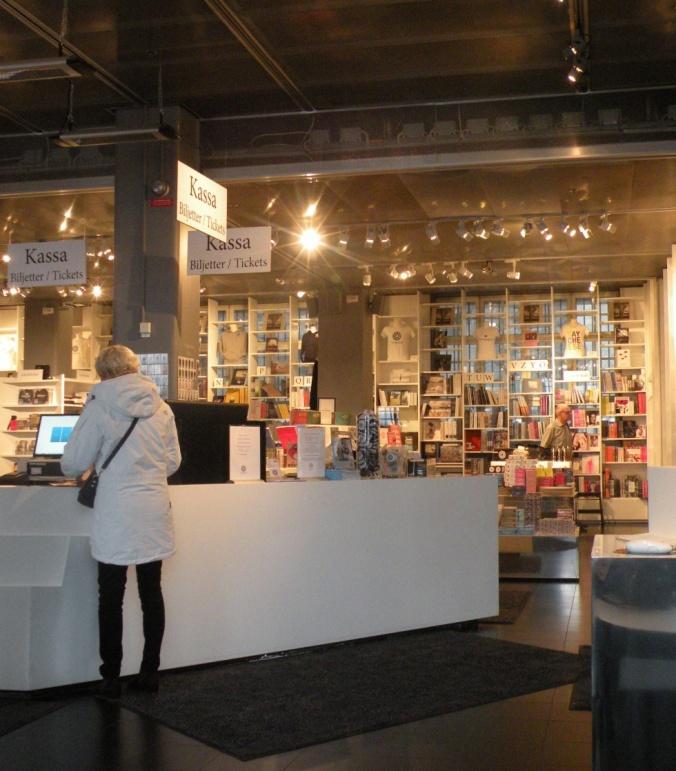 Butiken i Fotografiska's entré