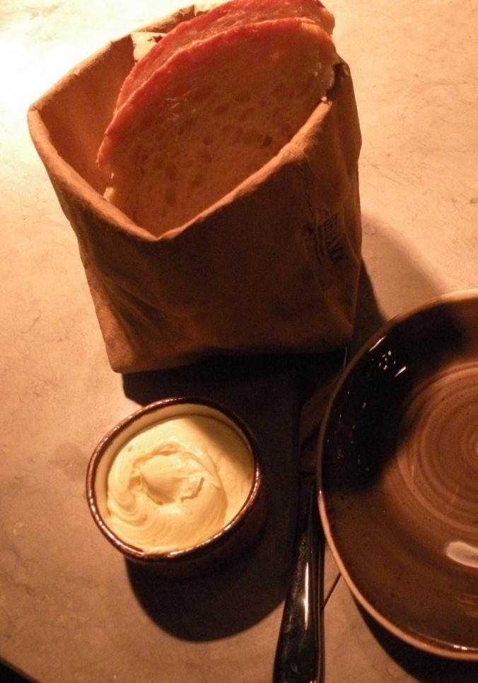 Smör och gott, luftigt bröd