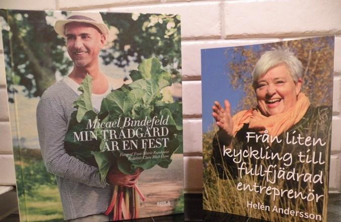 Signerade böcker av Michael Bindefelt och Helén Andersson