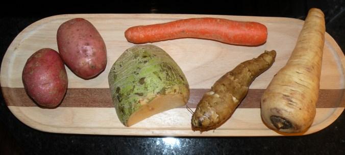Potatis, kålrot, morot, jordärtskocka och palsternacka.