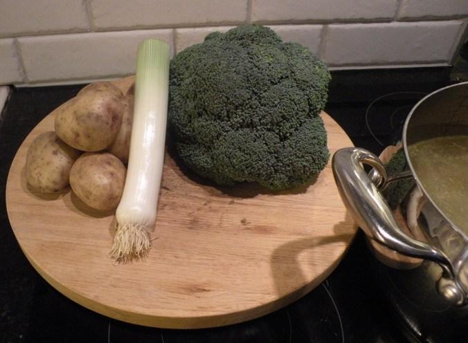 Broccoli- och potatissoppa på G