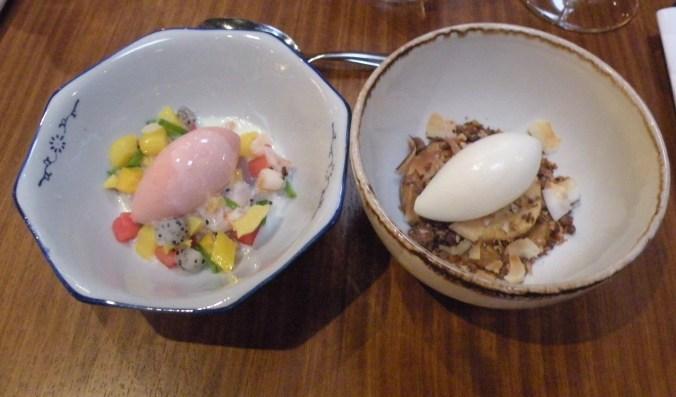 Efter 8! härliga rätter fick vi in dessa två ljuvliga desserter