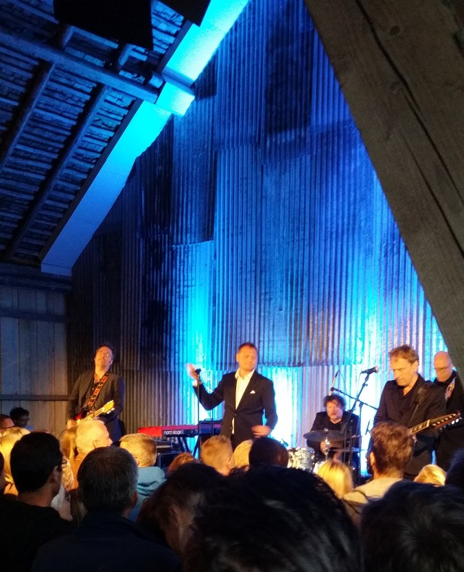 Konsert med Weeping Willows på Strömma Farmlodge i sommar!
