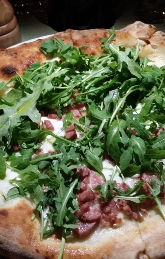 Pizza med fänkålssalsicca. Fantastiskt god!